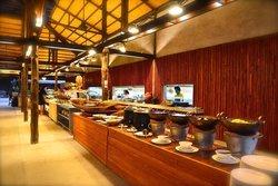 Ajindai Thai-Inter Buffet