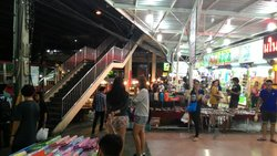 Ramkhamhaeng University Night Market