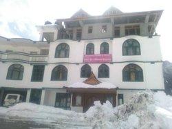 Hotel Dev Bhoomi Sangla