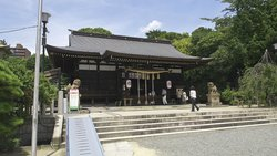 Yuzuruha Shrine