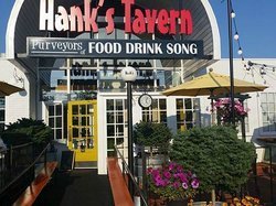 Hank's Tavern