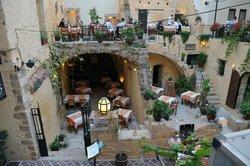 Tholos Restaurant