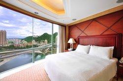 DiJin (Lake) Hotel