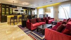 Lobby bar (104555407)