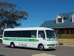 Vineyard Shuttle Service Daily Guided Winery Tours
