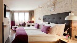 弗洛拉亞美隆酒店