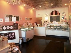 The Cute Little Cake Shop