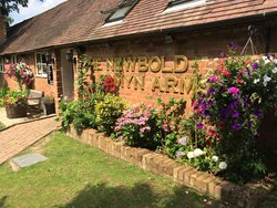 The Newbold Comyn Arms