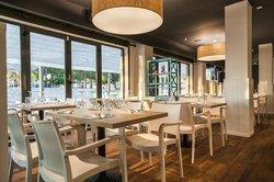 3 Nusos Restaurant & Lounge