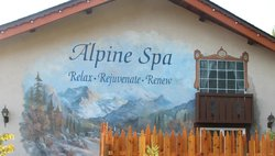‪Alpine Spa at Icicle Village Resort‬