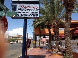 El Padrino Pizzeria y Restaurante