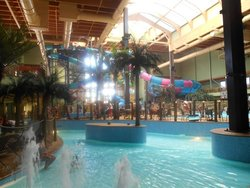 Maui Sands Indoor Waterpark