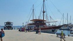 Pantelis Daily Cruises