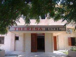 Theresa Hotel