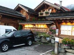 Le Hameau Des Airelles Restaurant