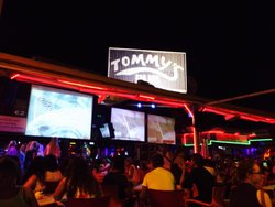 Tommy's Pub