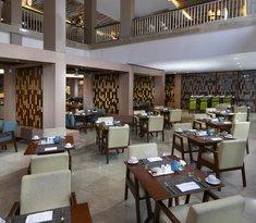 Momo Cafe Nusa Dua