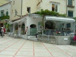 La Brezza Net Art Cafe