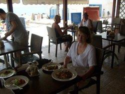 Manos Restaurant