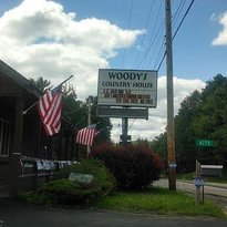 Woody's Country House