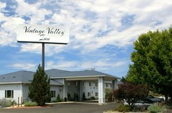 Vintage Valley Inn