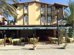 Olive restaurant bar