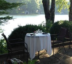 Lakeside Restaurant at The Greystone Inn