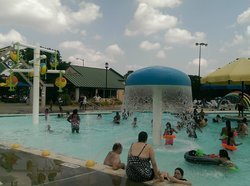 Randol Mill Family Aquatic Center