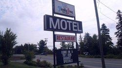 Fundy Line Motel & Restaurant
