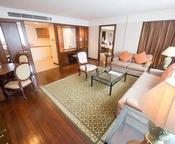 The Deluxe Suite at the Royal President Bangkok