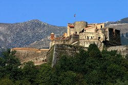 Fort Lagarde capell any