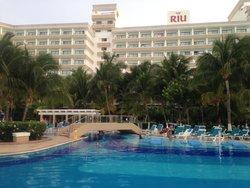 foto do hotel, visto da praia