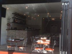 Mezzett Restaurant Bar