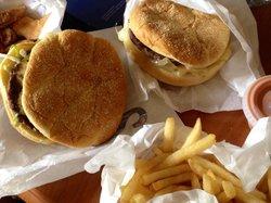 Burger Bob's Drive-In