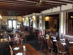 Rhyd-Y-Pennau Inn