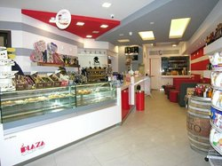 Plaza cafe gelateria