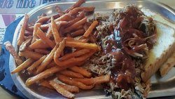 Pokeys BBQ & Smokehouse