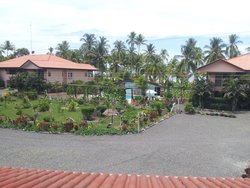 Cocomar Beachfront Hotel