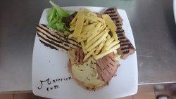 Maverick pub - food & people