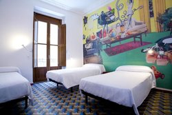 Home Youth Hostel Valencia by Feetup