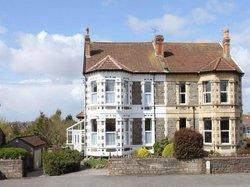 The Elms Guest House Bristol