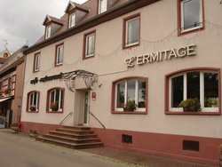 L'Ermitage Hotel