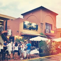Lolas Bar Pinchos y Tapas