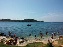 Spiaggia Isola rossa, Rovigno
