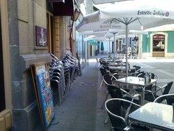 Cafeteria La Lira