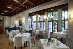 Parador de Caceres. Restaurante Torreorgaz