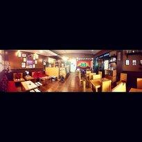 Karlosi's Cafe