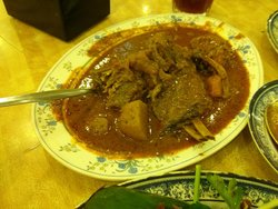 Sentul Curry House - Fish Head Curry