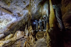 Moondyne Cave