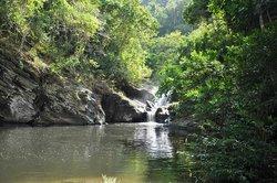 Olanguan Falls